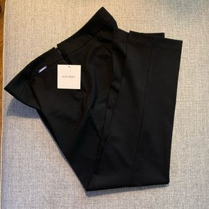 Soft and silky Ellen Tracy trouser